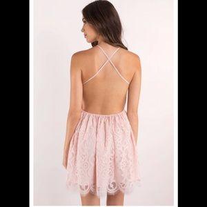 Tobi Dresses - 濾 Tobi Delilah strappy back lace dress NWT M